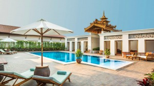 Kempinski grand-royal-suite-pool-2