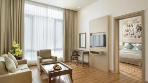 Kempinski suite-livingroom
